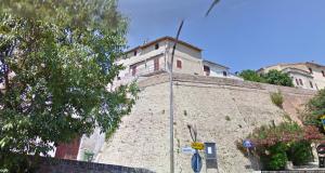 2017-02-17 10_55_54-Via Mura di Levante, Mondavio (Sant'Andrea di Suasa)